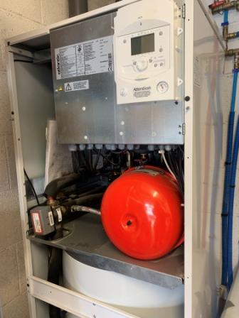 Pompe à Chaleur Uzès → Devis/Prix : Installation PAC Air-Eau, Aerothermie